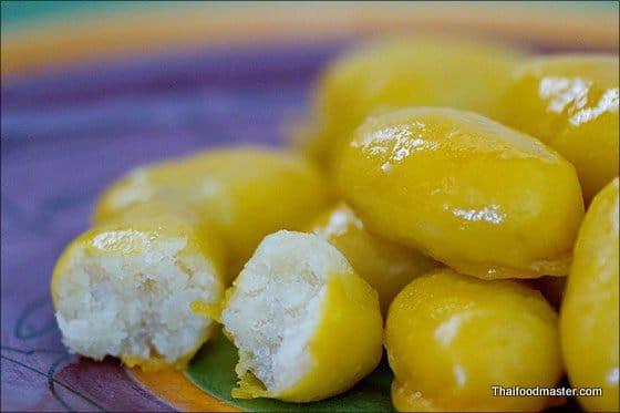 Golden Jackfruit Seeds Thai Homemade Dessert Recipe (สูตรทำเม็ดขนุน)