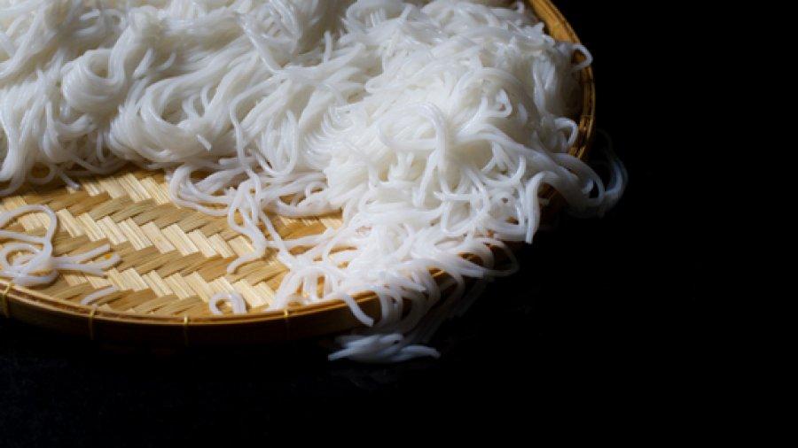 การทำเส้นขนมจีน