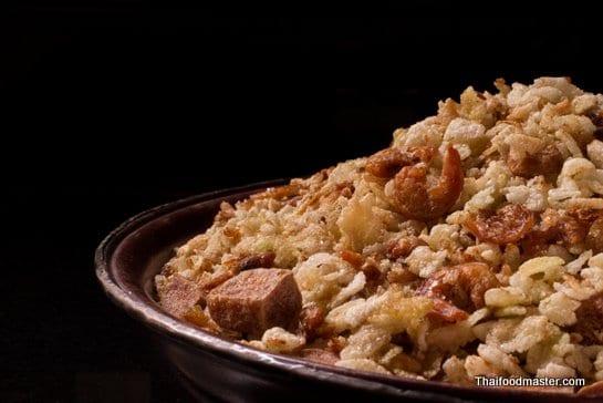 khaao-mao-mee-tort-Thaifoodmaster-0-545.jpg