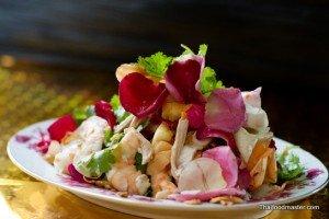 Rose-petal-salad ; ยำกลีบกุพชกะ