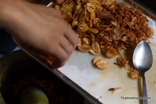ขนมจีนญี่ปุ่น; Khanohm jeen Yee Poon