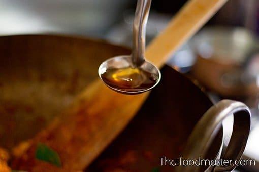 gaaeng muu yaang gap gluay dip ; แกงหมูย่างกับกล้วยดิบ