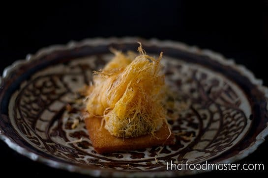 Khanohm faawy or Khanohm handtraa - A Forgotten Thai Dessert and Snack ขนมฝอย หรือ ขนมหันตรา